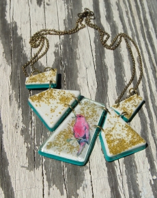 Electric Bird Geometric necklace in White