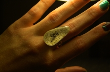 Insect Teardrop ring in White Gold